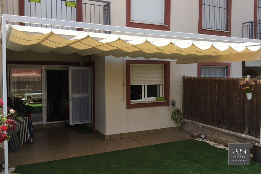 Toldos para patios exteriores stunning decoracin de patios y jardines con prgolas with toldos - Toldos para patios exteriores ...