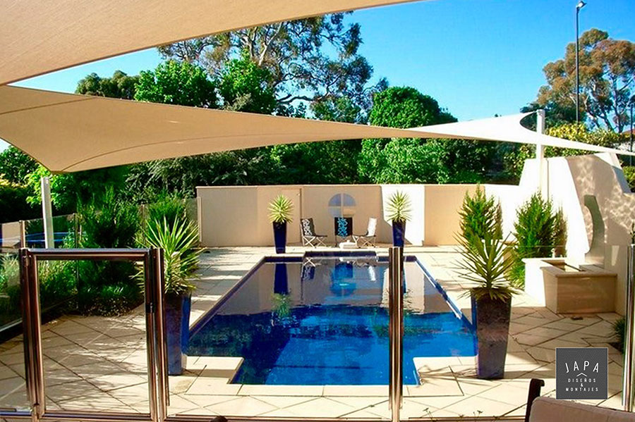 Cu ntos tipos de toldos para patios existen japa dise os montajes blog estructuras - Toldos para patios exteriores ...
